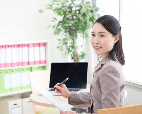 [正社員]学習塾経営会社の統括本部での事務のお仕事!